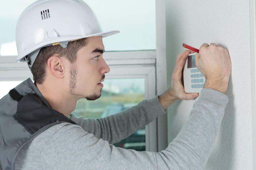 Quel salaire pour un technicien maintenance en systèmes alarme et sécurité?